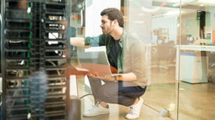 Modernizing IT Service Delivery—Accelerating Positive Business Outcomes Through AIOps